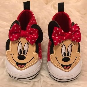 Never been worn! Baby Minnie Mouse Shoes. 3-6M